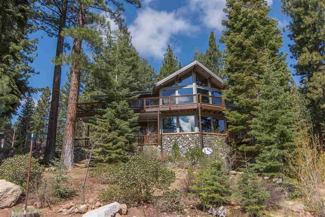 Tahoe Donner with Abundance of Large Windows and Decks