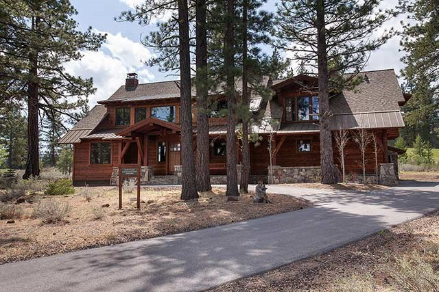 Lahontan with 360-degree lake, mountain and golf course views