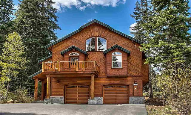 Tahoe Donner Open Floor Plan with Private Setting