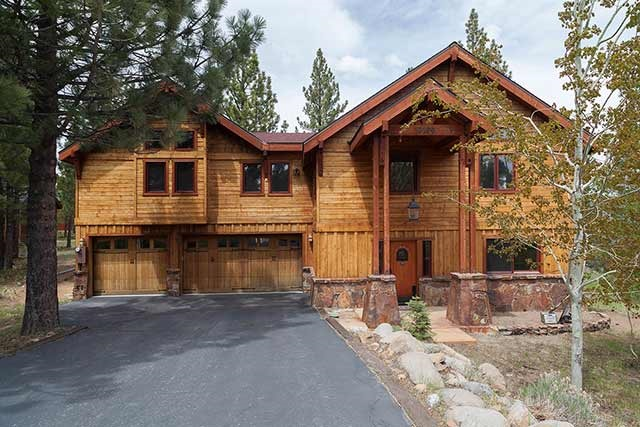 Tahoe Donner Mountain Home with Amazing Views