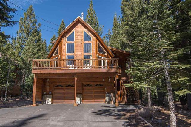 Tahoe Donner Light & Bright Chalet Style Home