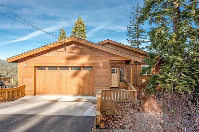 Tahoe Donner - Newer Home with Expansive Views