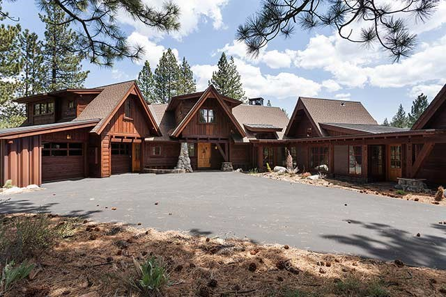 Lahontan with View of Lookout Mountain & close to golf, spa