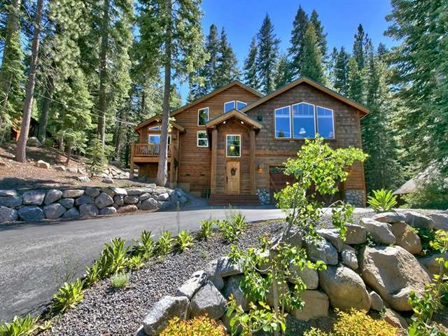 Tahoe Donner Home with View of Donner Lake
