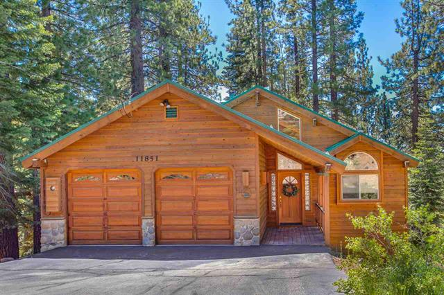 Tahoe Donner Mountain Home with Open Floor Plan