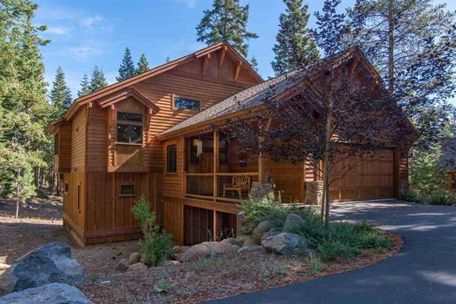 Tahoe Donner Custom Home With 2 Master Suites Truckee